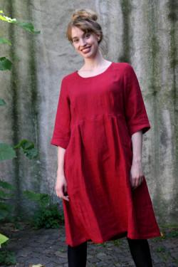 """Klänning i mjuk tvättad linne med fickor och 3/4 ärm. Vävt mönster """"Liten ruta""""."""