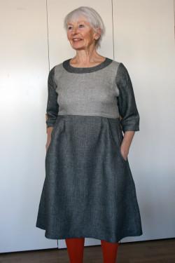LINEN DRESS SMALL SQUARE